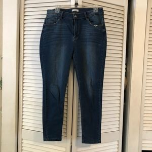 Kenzie Clean High Rise Ankle Skinny Jeans